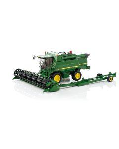 Bruder John Deere T670i Combine Harvester Toy