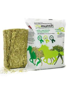 Equilibrium Vita Munch Horse Snack/Treat - Chelford Farm Supplies