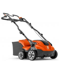 Husqvarna S138i Battery Scarifier - Cheshire, UK