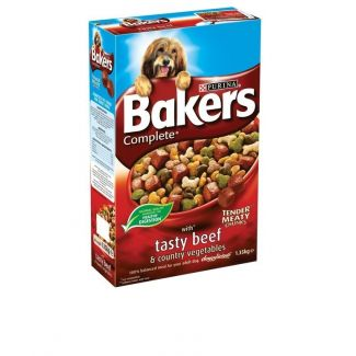 Bakers Complete Beef and Vegetables Dog Food 1.35kg