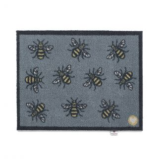 Hug Rug Bee Doormat